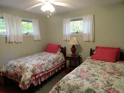 Cherry Cottage for Rent Twin Beds